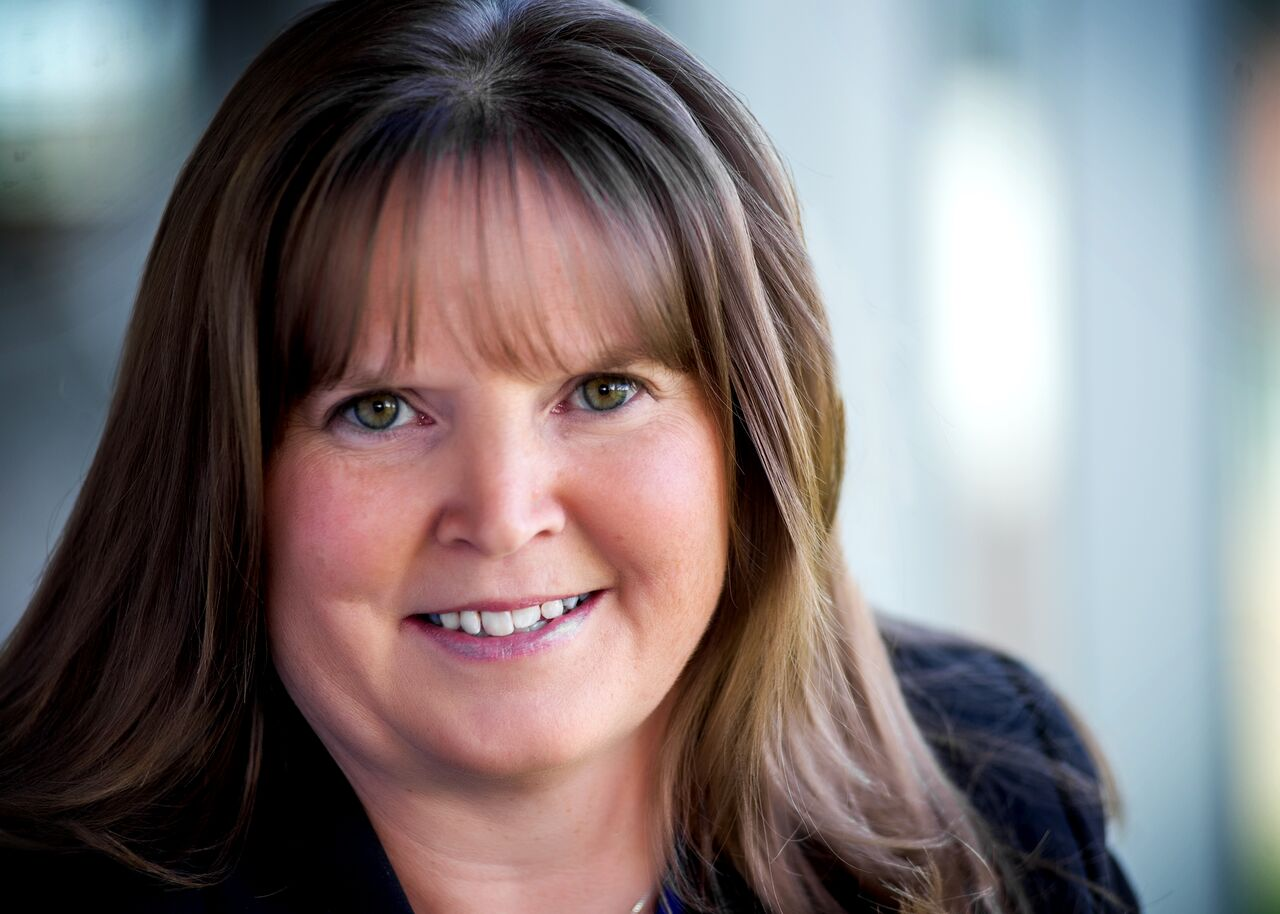 Laurie Joined Kessler Investment Group LLC In 2009 Continuing An Established Career The Financial Services Industry She Began Her Working For